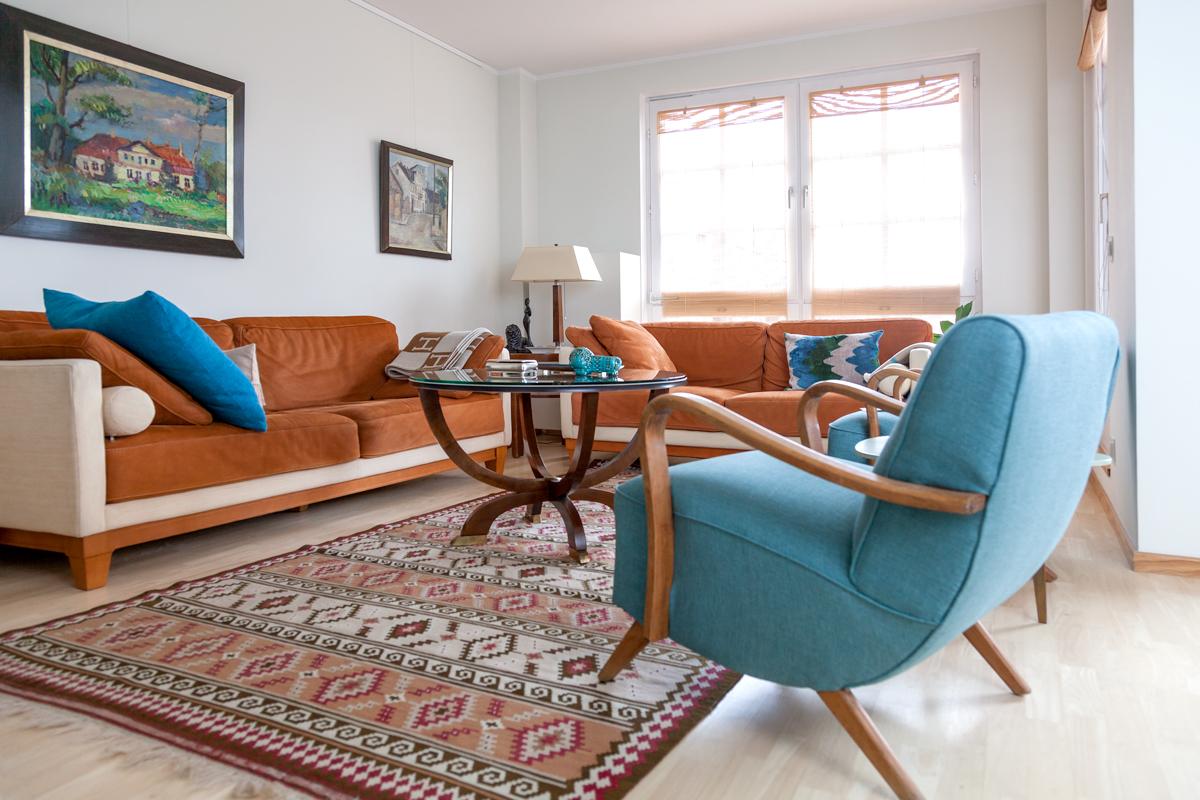 Elena Schmuschkowitsch Living Room