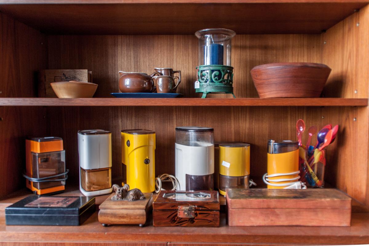 Ekstase Vintage Furniture Berlin Kitchen ware