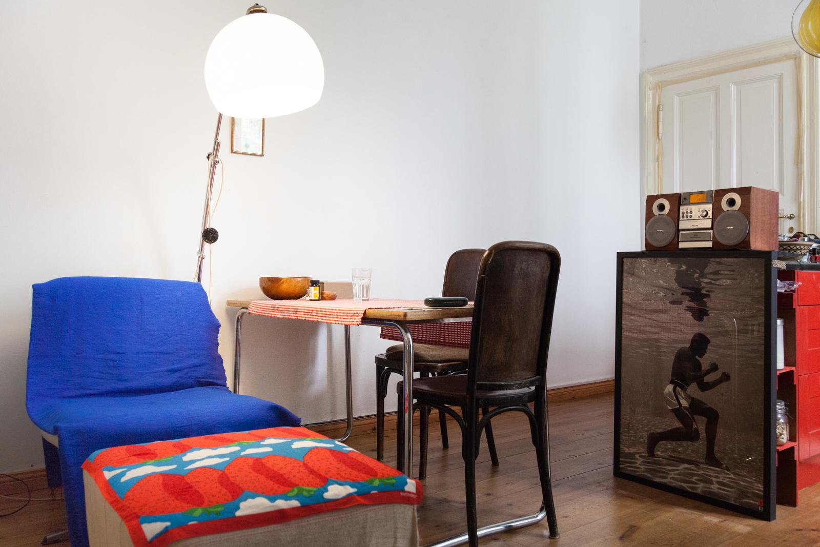 Kitchen and Livingroom