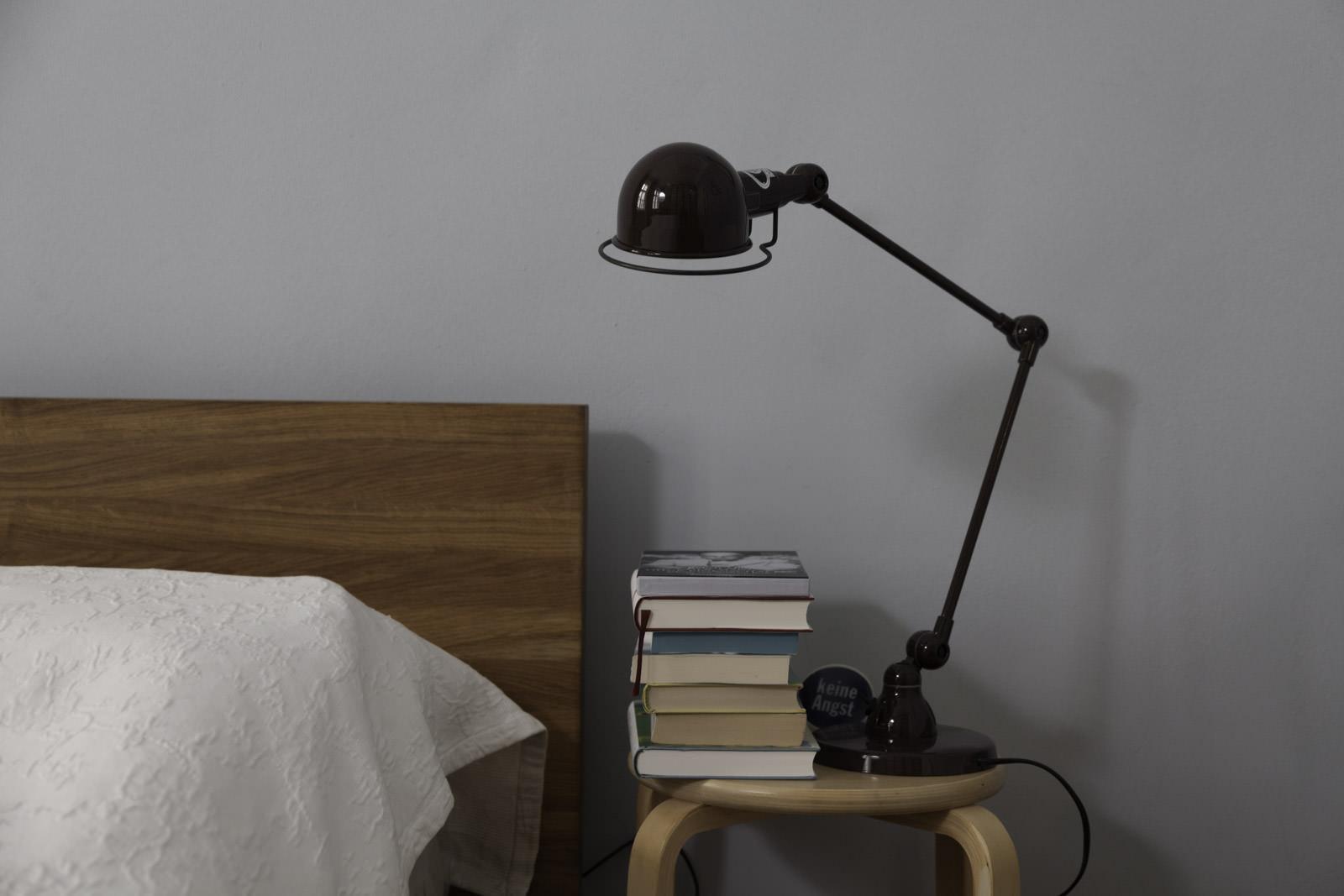 Sleepingroom with books